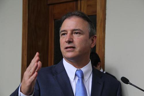 Sergio de la Torre fue ministro de Economía en la administración del partido Patriota. (Foto: Archivo/Soy502)