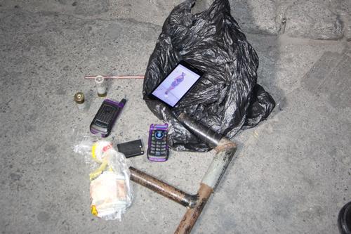 """Esto es lo que las autoridades le decomisaron a la conviviente de """"El Shaister"""". (Foto: PNC)"""