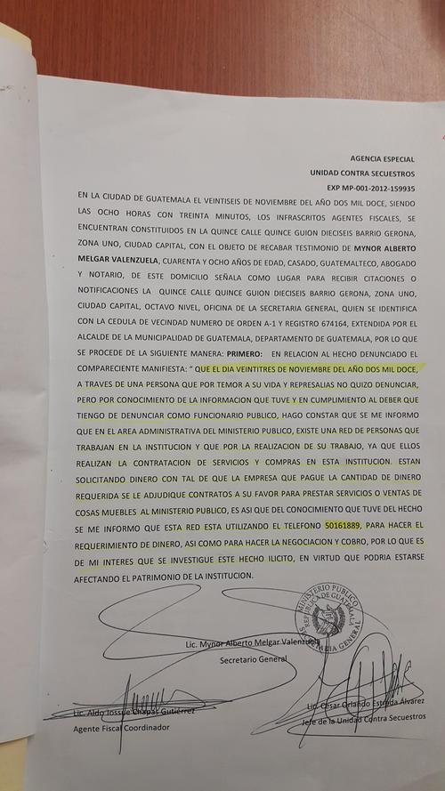 En este folio, el entonces Secretario General del MP, Mynor Melgar, documenta la denuncia presentada contra el yerno de Molina Barreto.