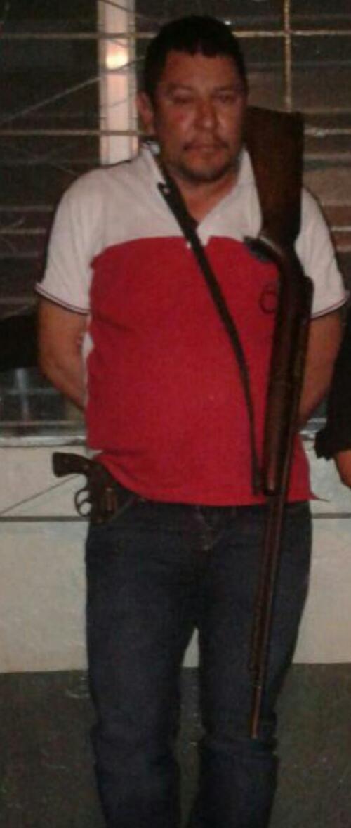 Las autoridades detuvieron a Mario Luis Magaña Arriaza de 36 años, acusado de haber disparado contra tres personas, entre ellos dos agentes de la PNC. (Foto: PNC)