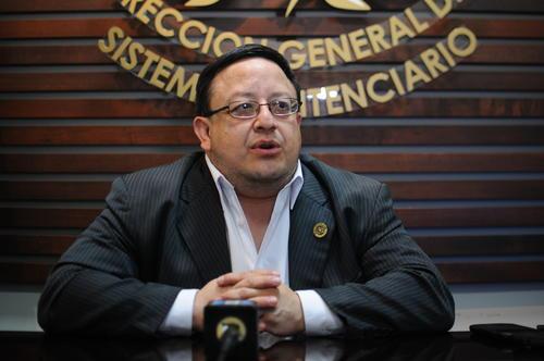 El director de Presidios Carlos De León Zea, declaró que la seguridad a Baldetti tiene que ver con el perfil de vulnerabilidad. (Foto: Archivo/Soy502)