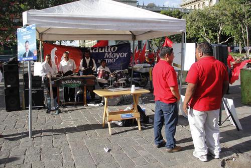 La actividad política del 9 de agosto fue amenizada por la marimba Maderas Mayas. (Foto: Alejandro Balán/Soy502)
