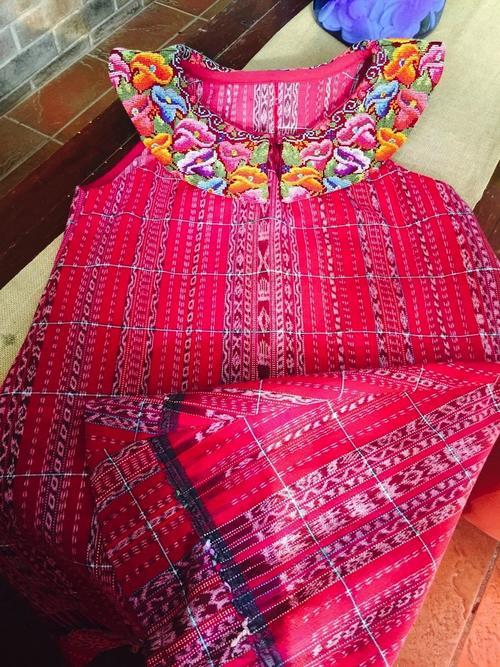 Este forma parte de la marca Down to Xjabelle, de la guatemalteca Isabella Springmühl.  (Foto: Down to Xjabelle)