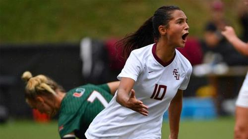 Deyna Castellanos juega en el equipo de fútbol femenino de la Universidad Estatal de Florida. (Foto: Infobae)