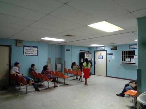 Según la PDH, hay pacientes que han postergado operaciones hasta por meses ante el mal estado de los aparatos para realizar rayos X. (Foto Marcia Zavala/Soy502)