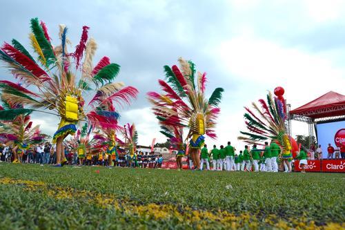Un desfile y show inaugural fue la antesala que dio el banderazo de comienzo del campeonato infantil más importante del país. (Foto: Cortesía Claro)