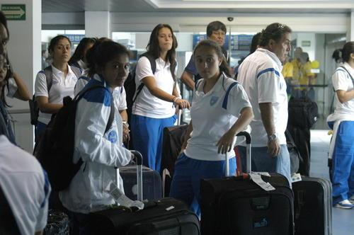 Las seleccionadas captadas en el Aeropuerto Augusto César Sandino, de Nicaragua. (Foto: Fedefut)