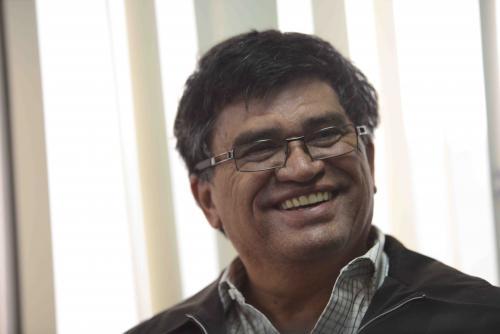 El alcalde Medrano sonríe durante la audiencia de primera declaración en el Juzgado Segundo de Primera Instancia Penal. (Foto:Jesús Alfonso/ Soy502)