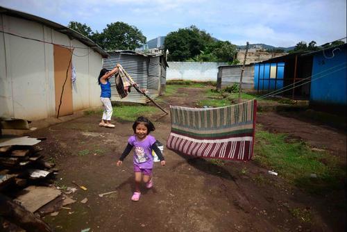 Las familias continúan esperando las respuestas de las autoridades. (Foto: Jesús Alfonso/Soy502)