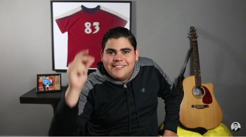 Edgar ya creció y en un video cuenta el por qué de su llanto al caer al río. (Foto: captura de pantalla)