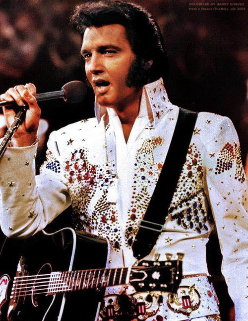 Elvis Presley puso de moda la dieta de la Bella Durmiente que consiste en dejarse sedar por varios días y alimentarse con sonda para evitar las comidas y el consumo de calorías.