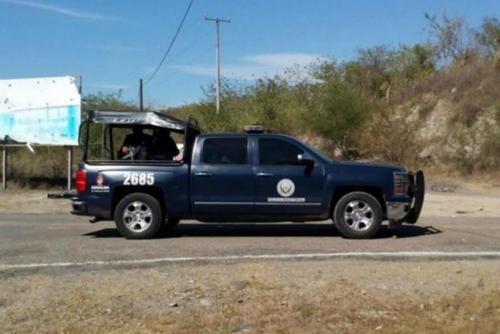 La policía mexicana resguarda el área donde fueron asesinadas 13 personas. (Foto: Archivo)