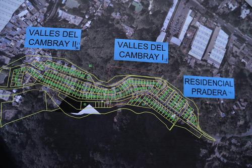 Todo el sector de El Cambray ha sido declarado ahora de alto riesgo por Conred y es inhabitable. (Foto: Wilder López/Soy502).