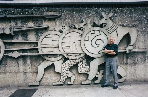 Roberto González Goyri es autor de distintos murales del Centro Cívico. (Foto: Fundación González Goyri)