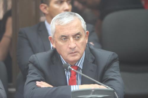 El ex Presidente Otto Pérez Molina, durante la audiencia de primera declaración en el Juzgado B de Mayor Riesgo. (Foto: Luis Barrios/Soy502)