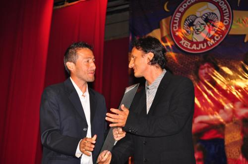 Marroquín recibió homenajes de su club. (Foto: Noé Álvarez/Cortesía Nuestro Diario)