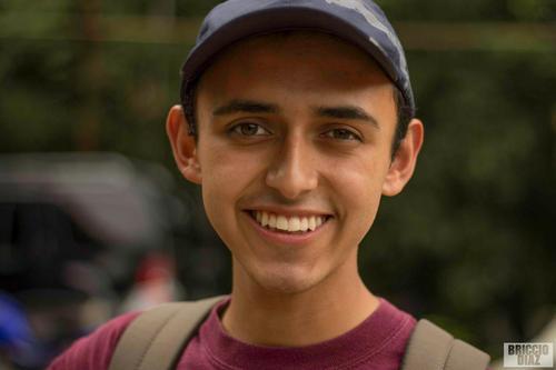 El joven que logró la foto que compite para ser publicada en National Geographic. (Foto: Facebook)