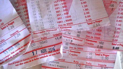 El impuesto se cobra por sobre el valor del mercancías o servicios adquiridos. (Foto: BBC)