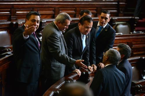 FCN espera seguir sumando diputados a su bancada antes de que entre en vigencia la restricción incluida en las reformas a la Ley Orgánica del Congreso. (Foto: Archivo/Soy502)