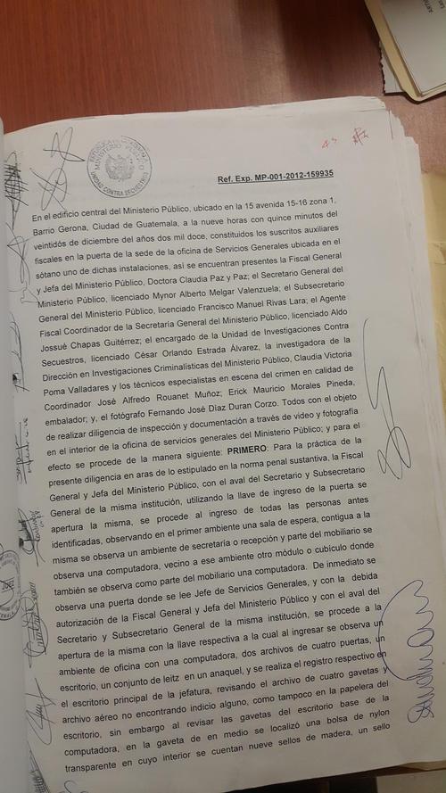 En esta acta, de fecha 22 de diciembre de 2012, se documenta el allanamiento de la oficina de Espigares.