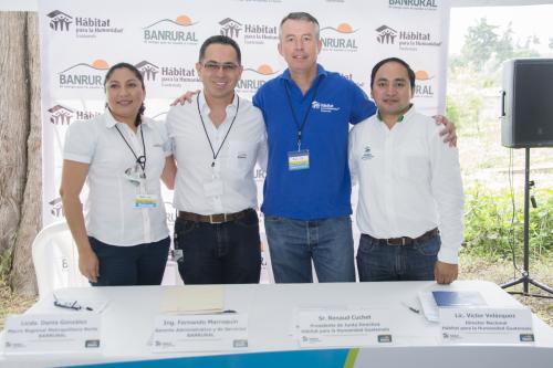 Representantes de Banrural participaron de la experiencia. (Foto: cortesía Banrural)