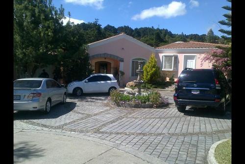 Las capturas se llevaron a cabo en un residencial ubicada en la ruta a El Salvador. (Foto MP/Soy502)