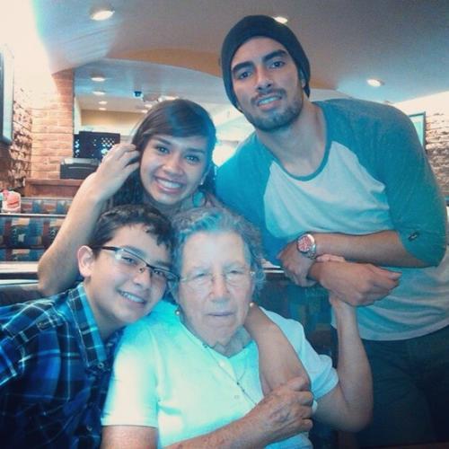 Héctor se caracteriza por ser muy apegado a su familia. (Foto Facebook/Elizabeth Avalos)