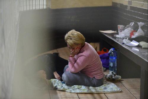 Un juez ordenó que las dos mujeres fueran trasladas a un centro asistencial psiquiátrico, pero la revisión se atrasó debido a la falta de combustible, por lo que permanecieron más tiempo en las carceletas de Tribunales. (Foto Archivo/Soy502)