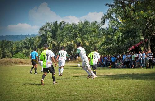 La final se realizó en la comunidad Guaritas, el Estor, Izabal, con la asistencia de más de 400 personas. (Foto: NaturAceites)