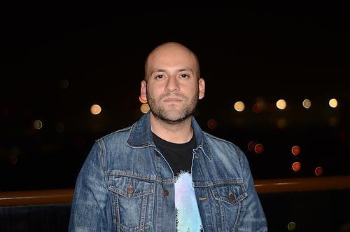 El DJ guatemalteco Francis Dávila te invita a apoyar a Artes muy Especiales, recaudando fondos para sus proyectos. (Foto: Selene Mejía/Soy502)