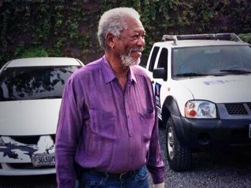 Freeman pasea tranquilo por las calles de Guatemala. (Foto: Azteca Guatemala)
