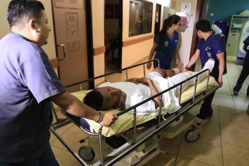 La operación para reconstruir la rodilla del jugador duró 5 horas. (Foto: La Prensa de Honduras)