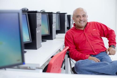 """Gerzon Velásquez obtuvo el """"Diplomado de Tecnologías de la Información"""" certificado por la Secretaría de Educación Pública. (Foto: George Rojas/Soy502)"""