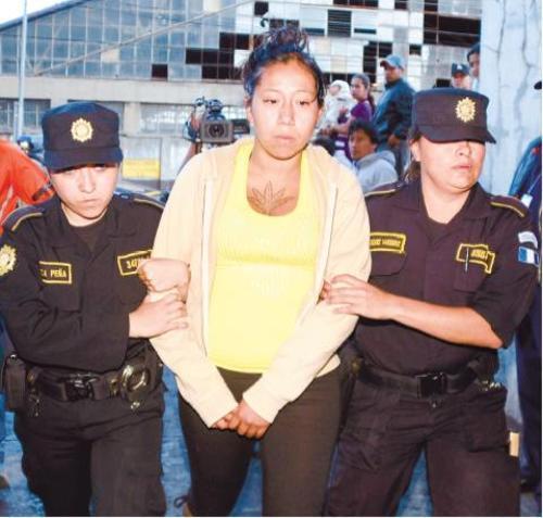 Doménica Hernández sería la responsable de haber dejado en bus el explosivo que cobró la vida de 9 personas. Foto:Soy502