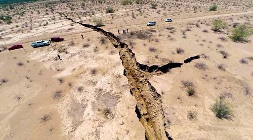 El Valle de San Joaquín sufre hundimientos.