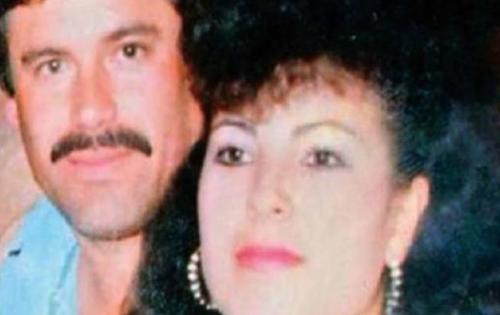 Guzmán Loera junto a su segunda esposa, Griselda López Pérez. (Foto. notiactual.com)