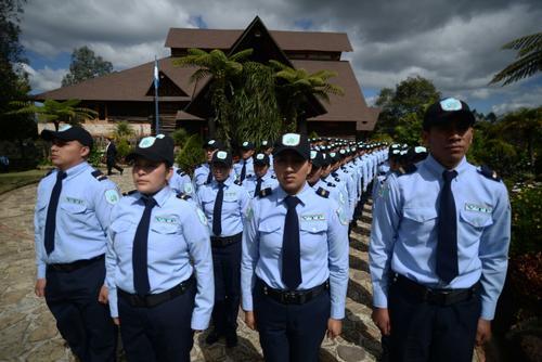 Los nuevos agentes de vigilancia y tratamiento de Presidios (VTP) no utilizan el tradicional uniforme gris de los guardias penitenciarios. (Foto: Wilder López/Soy502)