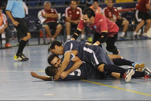 En el primer partido Guatemala (21 en el ranquin mundial) venció a Paraguay (noveno); la mesa estaba servida para clasificar pero la Sele no pudo contra los africanos. (Foto: Archivo)