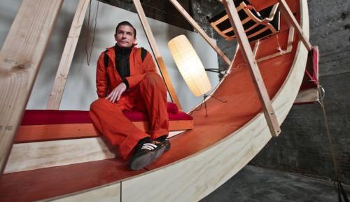 Los artistas deben coordinar sus movimientos cada vez que hacen cosas dentro de la rueda. (Foto: huffingtonpost.com)