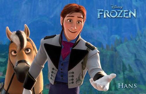 Hans es un apuesto miembro de la realeza de un reino vecino que llega a Arendelle para asistir a la coronación de Elsa.