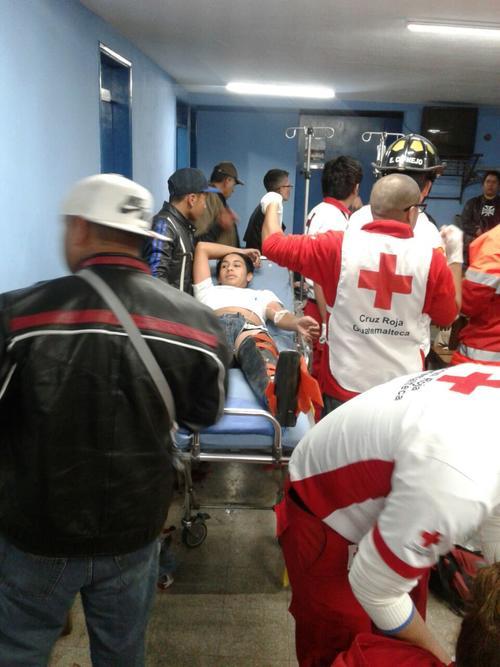 Al menos cinco personas resultaron heridas durante el ataque armado. (Foto: Cruz Roja Guatemalteca)