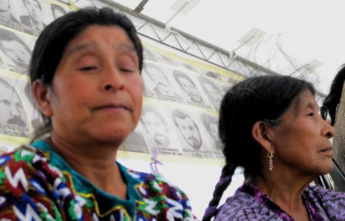 Hasta ahora, el PNR ha entregado 622 millones de quetzales en resarcimiento a unas 22 mil víctimas del conflicto armado, según los datos oficiales. (hijosguate.blogspot.com)