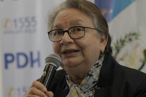 Hilda Morales, procuradora adjunta de la PDH, dio conferencia de prensa sobre la situación en la casa hogar Virgen de la Asunción. (Foto: Alejandro Balán/Soy502)