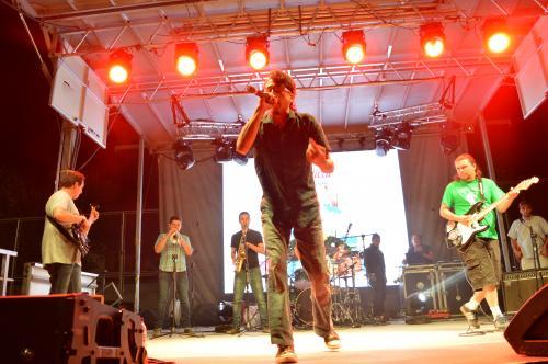 La Horchata Regular Band llenó de energía el escenario. (Foto: Cortesía Cementos Progreso)