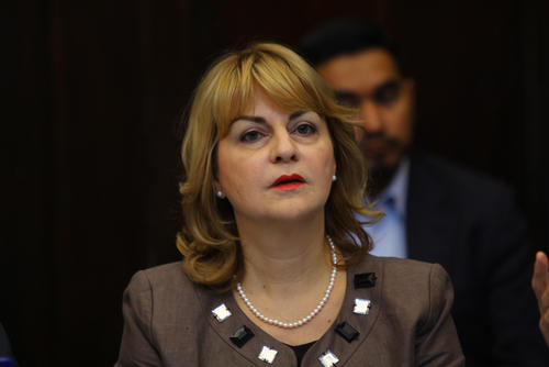 Stela Zervoudaki, embajadora de la Unión Europea acreditada en Guatemala, explicó que los países que representa desean colaborar con Guatemala para hacer frente a la crisis y señaló que el Congreso encontrará la voluntad política para hacer las reformas. (Foto: Alexis Batres/Soy502)