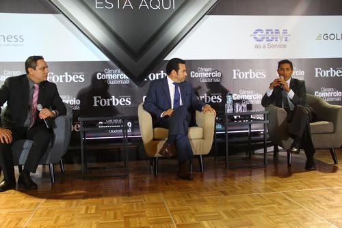 El presidente electo fue entrevistado por dos periodistas mexicanos que escriben para la revista Forbes. (Foto: Alexis Batres/Soy502)