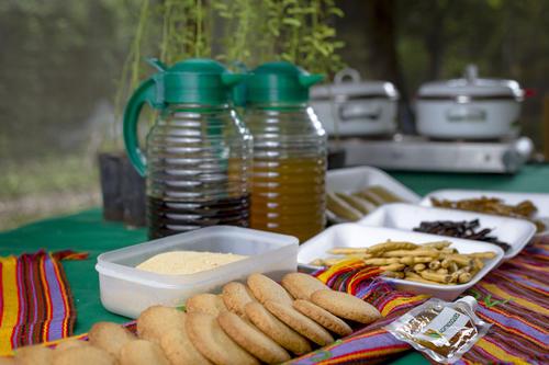 Galletas, frescos, café, pan, tamalitos, son algunas de las opciones alimenticias que ofrece el Mesquite. (Foto: George Rojas/Soy502)