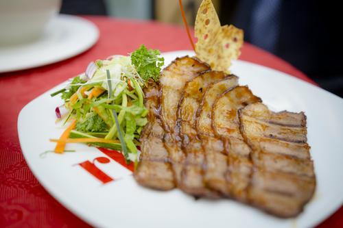 Deliciosos y variados platillos con ingredientes frescos, que fusionan la gastronomía de distintas culturas, se encuentran en el menú de RBG. (Foto: George Rojas /Soy502)