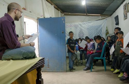 Javier dedica mucho de su esfuerzo y tiempo para promover el desarrollo en las comunidades, a través de las tics y el arte. (Foto: cortesía Javier Donis)