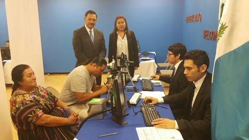 Viceministro Óscar Padilla acompañó el proceso de inauguración. (Foto: Minex)
